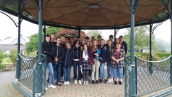 French Students visiting Simmons Park