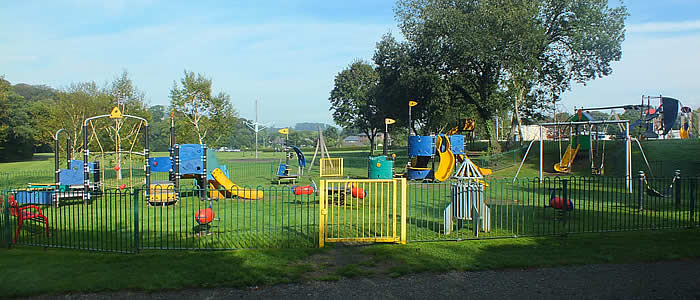 Simmons Park Play Area, Okehampton